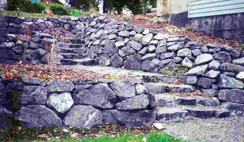 rock-retaining-wall-steilacoom-wa
